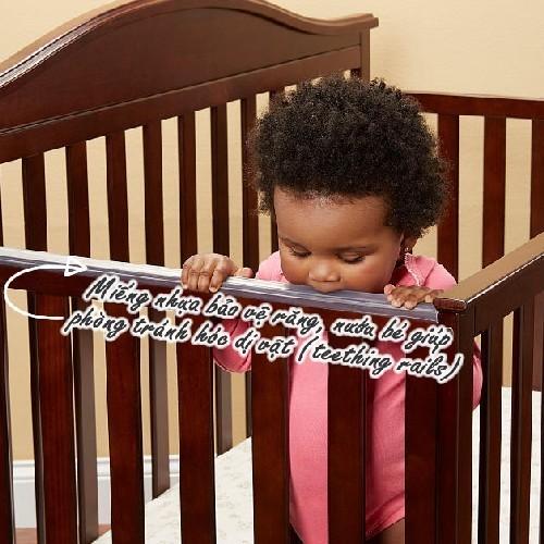 Miếng nhựa bảo vệ răng nướu và phòng tránh hóc dị vật có trên thành cũi trẻ em Darling màu nâu