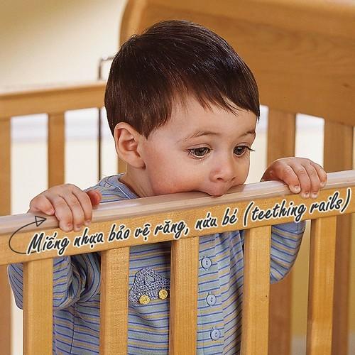 Miếng nhựa bảo vệ răng nướu và phòng tránh hóc dị vật có trên thành cũi trẻ em Darling màu tự nhiên