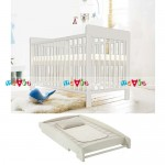 Tove trắng: giường cũi, bàn thay tã