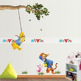 Decal dán tường Winnie The Pooh Swinging and Tigger