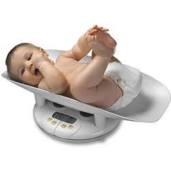 Cân nặng của trẻ sơ sinh bao nhiêu thì được coi là bình thường?